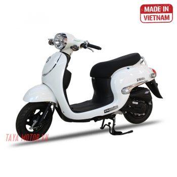 xe máy 50cc tay ga giorno màu trắng