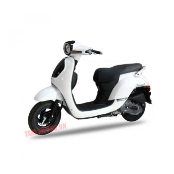 xe máy 50cc tay ga diamond màu trắng